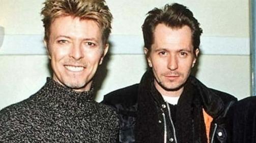 David Bowie et Gary Oldman. Deux légendes